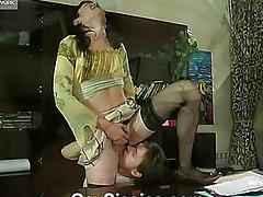 A wretch in a petticoat bonks her boyfriend