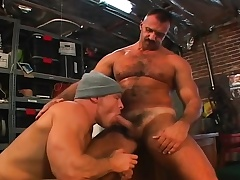 Muscled gay mechanics swindle on touching a hardcore threesome on touching a difficulty garage